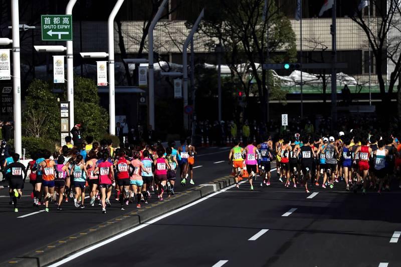日本武漢肺炎(新型冠狀病毒病,COVID-19)疫情加劇,日本北海道札幌市有意取消,原定在5月5日與「東京奧運馬拉松測試賽」同天舉行的「10公里市民馬拉松」。馬拉松示意圖。(路透)