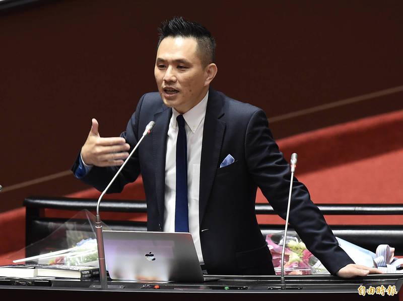 國民黨立委陳以信強調,自己是以個人身分接受AIT邀請,不是代表國民黨參加與美代表團會面。(資料照)
