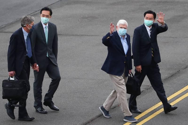 美國總統拜登派遣「最好的朋友」美國前參議員陶德(Chris Dodd)率團訪台,傳遞美國對台灣與其民主的承諾。 (外交部提供)