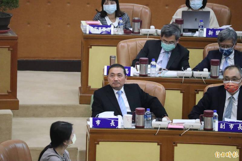 侯友宜宣布新北市政府明年成立青年事務局。(記者周湘芸攝)