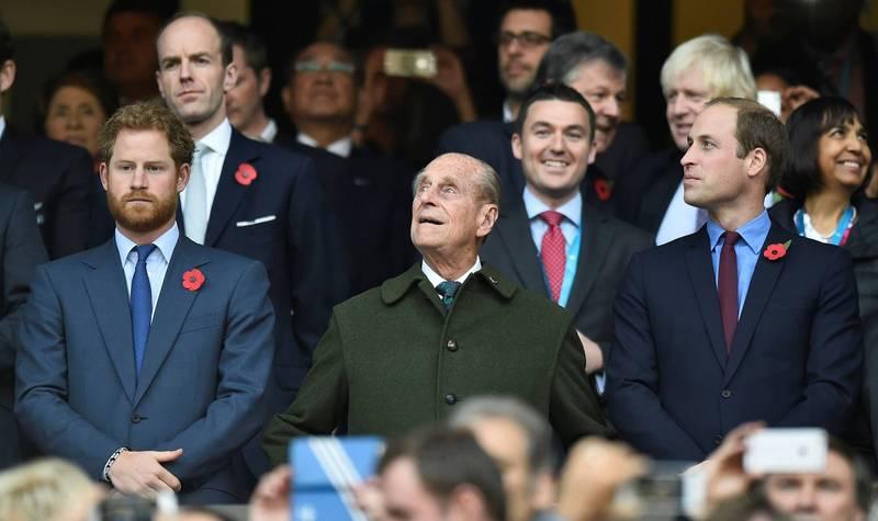 英女王下令威廉及哈利王子不會在菲利普親王的葬禮儀式中並肩而行,2位王子不合的傳聞更甚囂塵上。(路透)