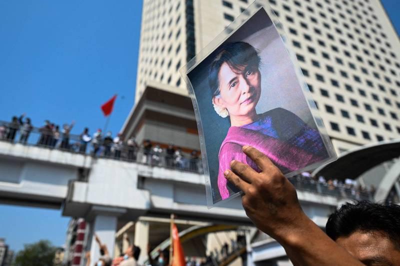 緬甸反對派自組政府 溫敏任總統、翁山蘇姬國家顧問
