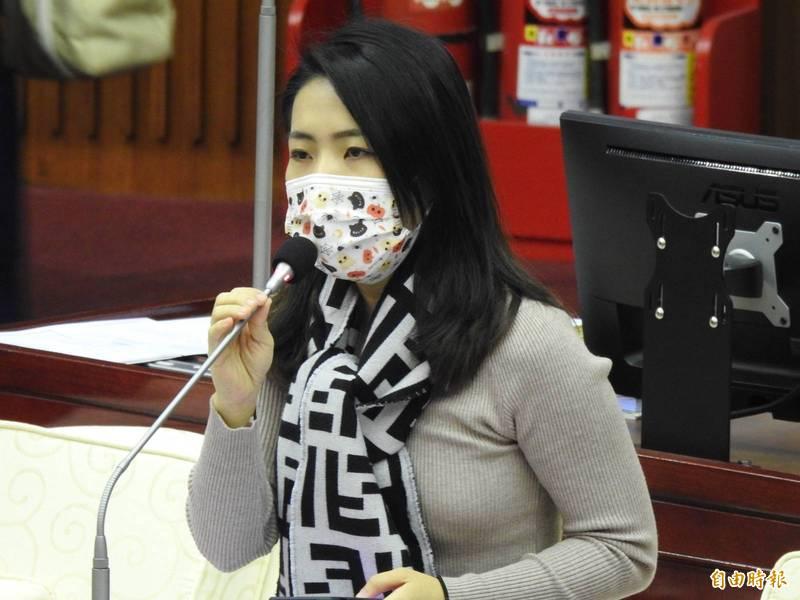 徐巧芯在臉書表示,國防政策應該要調整,「要求年輕人不分男女都必須盡國民服兵役的義務」,若是真的發生登陸戰,「台灣人民準備好了沒?」。(資料照)