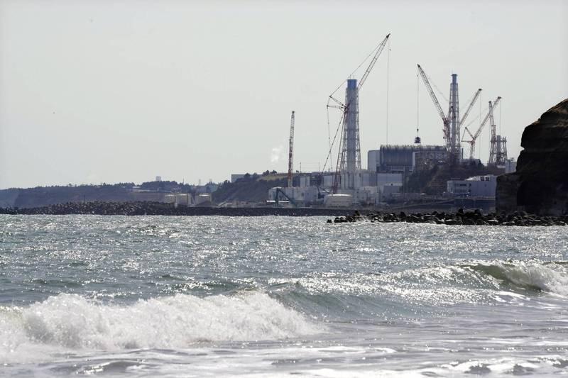 日本政府13日召開內閣會議,正式批准2年後開始把福島第一核電廠核災後處理過的核廢水排放入海。(歐新社資料照)