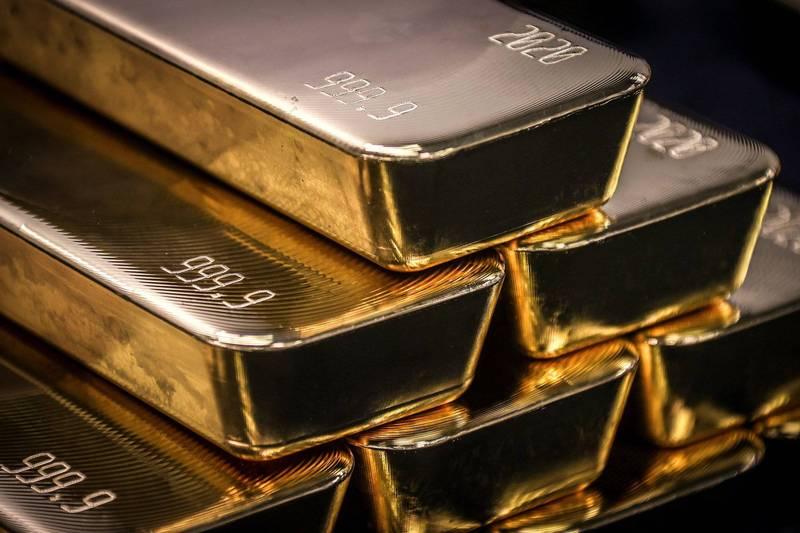 法國市鎮翻修老屋,沒想到發現了價值近65萬歐元(約新台幣2200萬元)的金條和金幣。金條示意圖。(法新社)