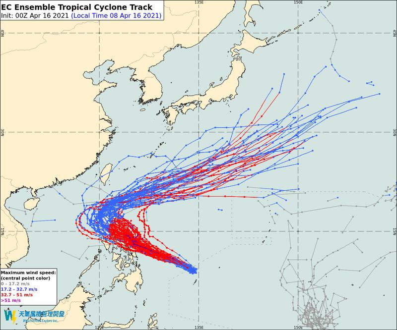 天氣風險公司在臉書指出,由於颱風不足以擠開高壓、逐漸北上,因此預報路徑向西修正。(圖取自天氣風險公司)