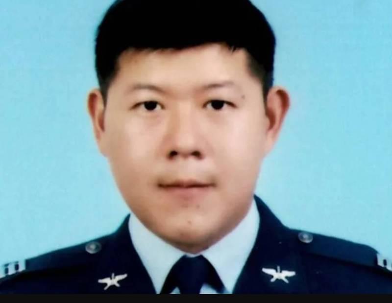 潘教官任務結束了! F-5E墜海飛官在南仁漁港周邊尋獲(資料照,國防部提供)
