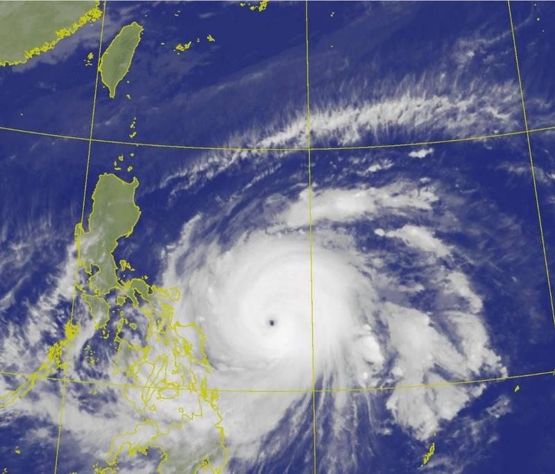 第2號颱風「舒力基」威力驚人,成為美、日標準下有紀錄以來最強4月颱。(圖擷自中央氣象局)