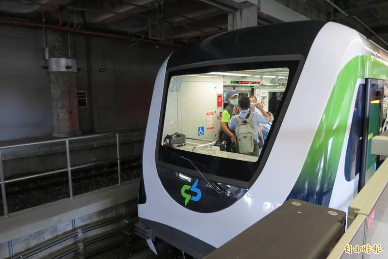 中捷綠線25日正式通車,起程價20元,票價最高50元。(記者蘇金鳳攝)