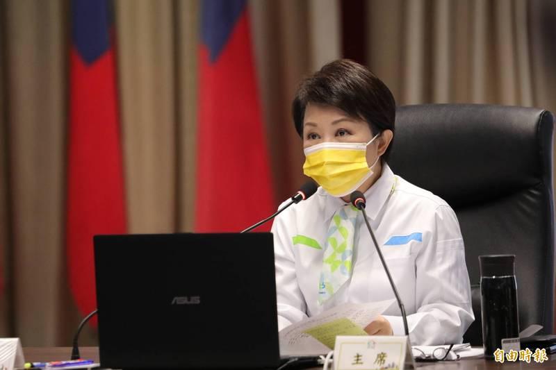 盧秀燕表示,台中市去年舉債8年最低,縣市合併首次盈餘達5億元(記者蘇金鳳攝)