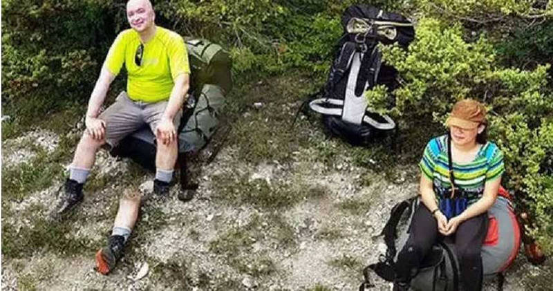 Google地圖實景照片中,出現了一名男子的「詭異斷腿照」,讓人看了頭皮發麻。(圖翻攝自GoogleMaps)