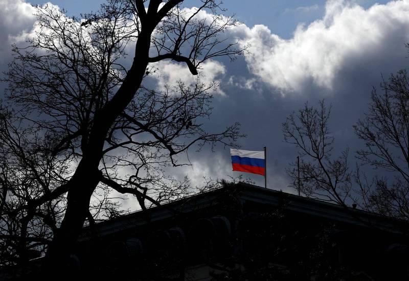 俄羅斯反談超乎捷克政府預期,捷克代理外長將和總理討論是否對俄羅斯採取進一步措施。圖為俄羅斯駐布拉格大使館。(路透)