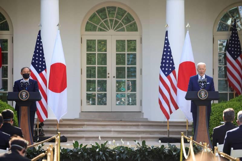 美國總統拜登與日本首相菅義偉在美日峰會的聯合聲明中言及重視台灣海峽的和平與穩定。(路透檔案照)