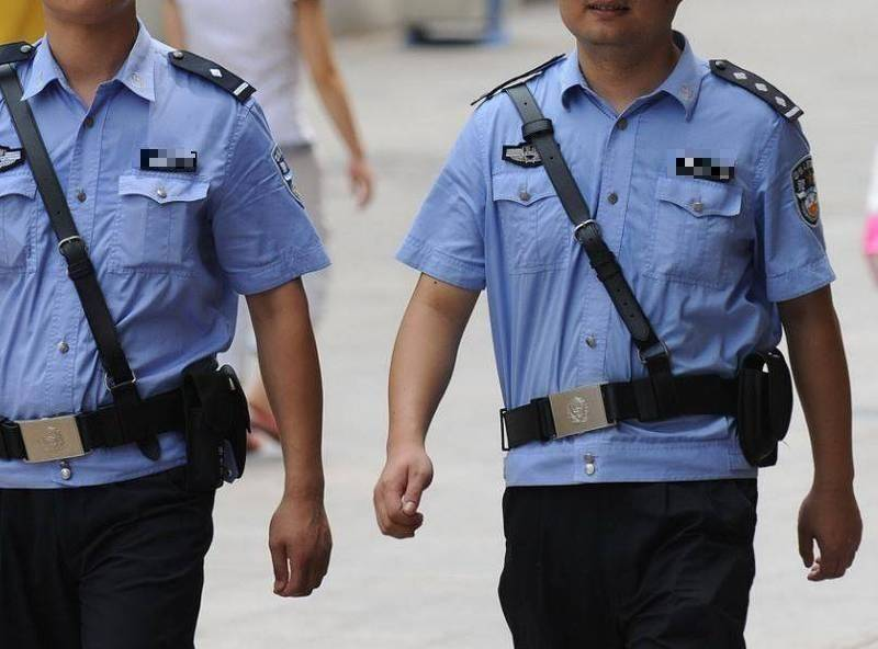 中國警察示意圖,非新聞當事人。(法新社)