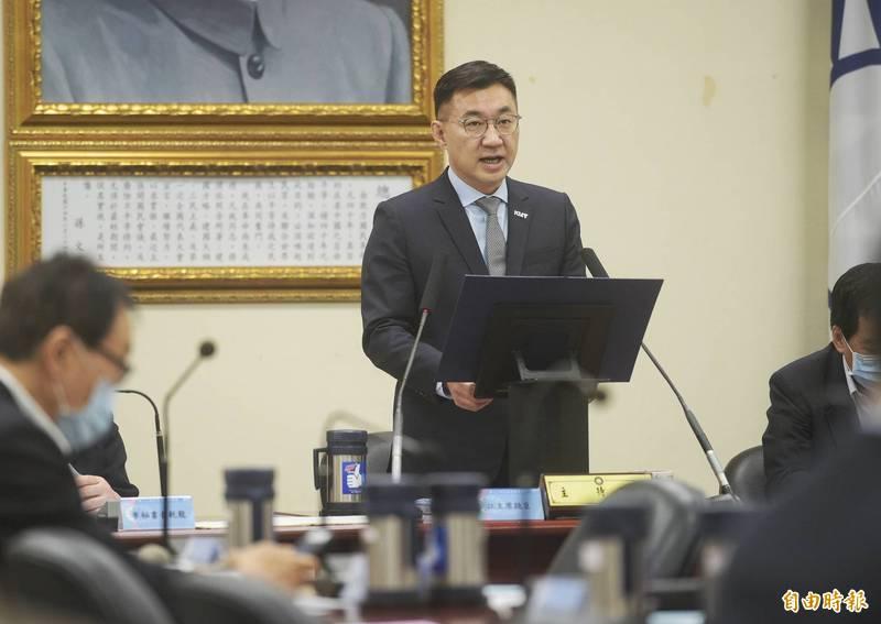 國民黨主席江啟臣表示,蔡英文總統在民國105年首次就職演說時曾宣示要在行政院設立專責的能源與減碳辦公室,但言猶在耳,實際作為令人失望。(記者張嘉明攝)