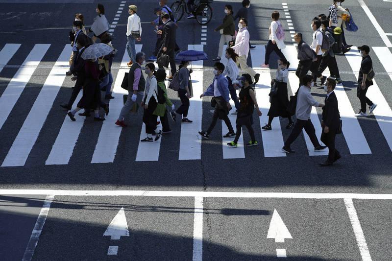 日本的武漢肺炎疫情持續蔓延,今日下午,宣布全日本單日新增5283例確診,為今年1月22日以來新高紀錄。(美聯社)
