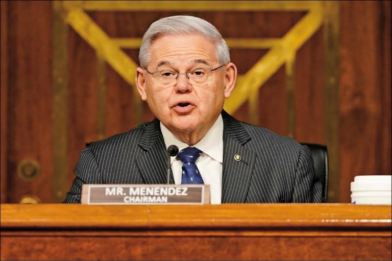 美國聯邦參議院外交委員會主席梅南德茲,三月出席美國國際開發署署長被提名人鮑爾任命聽證會。(路透檔案照)