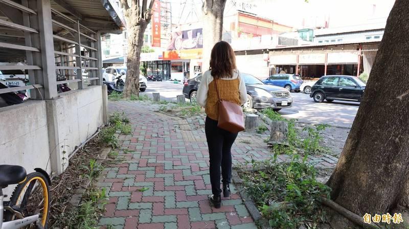 新竹縣政府再獲得營建署補助4.6億元準備改善如圖仁愛國中周邊人行道等道路路面或是人行環境的硬體改善。(記者黃美珠攝)