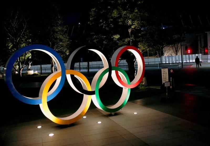 武漢肺炎(新型冠狀病毒病,COVID-19)疫情肆虐,雖然東京奧運即將舉行,近期日本確診病例卻不斷攀升,如今更傳出有曾參與奧運聖火傳遞交管的警察也染疫確診。(路透)