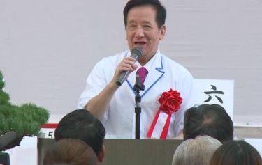 日本電視名廚神田川俊郎(見圖)25日因武肺病逝,享壽81歲。(圖擷取自推特)