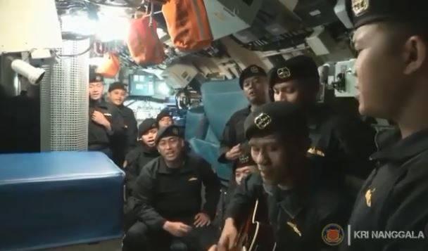 """印尼潜艇沉没53人全罹难 生前齐唱""""再见""""视频曝光"""