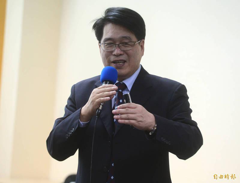 台灣民意基金會董事長游盈隆表示,同意票比不同意票多24個百分點,藻礁公投將獲得壓倒性勝利。(資料照)