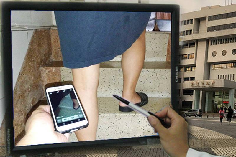 桃園市政府辦公大樓的局處中,竟有名嗜好偷拍的公務人員藏身其中。(本報合成)