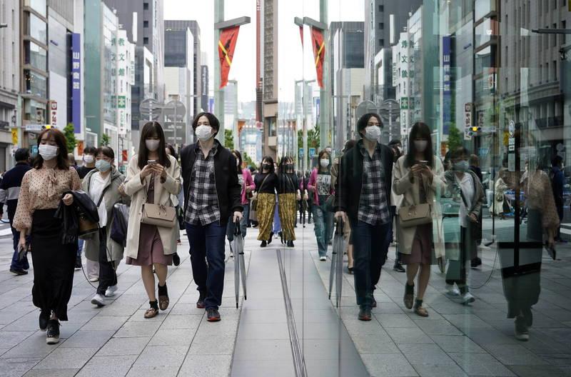 大阪府今天(28日)宣布新增1260例確診,再度超過了7天前創下的單日最高確診數。(歐新社)