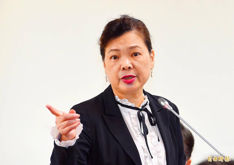 Minister of Economic Affairs Wang Mei-hua speaks at a meeting at the legislature in Taipei yesterday. Photo: Liu Hsin-de, Taipei Times