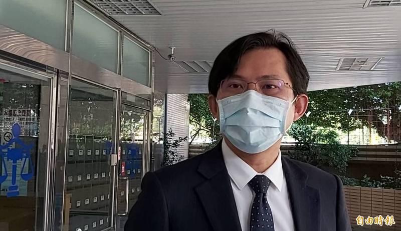 「館長」委任律師黃國昌(見圖)昨天開庭時揭露「立委陳明文辦公室」讓外人得透過「增加接見」進入監所探視竹聯幫寶和會槍手。(資料照)