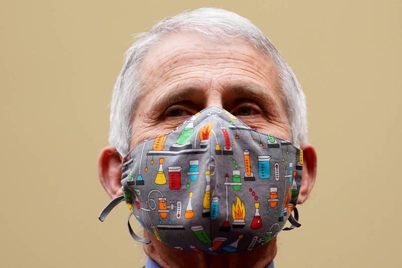 美國防疫專家佛奇表示,印度疫情爆發,凸顯各國貧富不均、防疫應對不一致等問題。(路透檔案照)