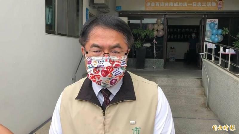 台南維冠倒塌案受災戶聲請國賠均敗訴,台南市長黃偉哲表示尊重判決結果。(記者劉婉君攝)