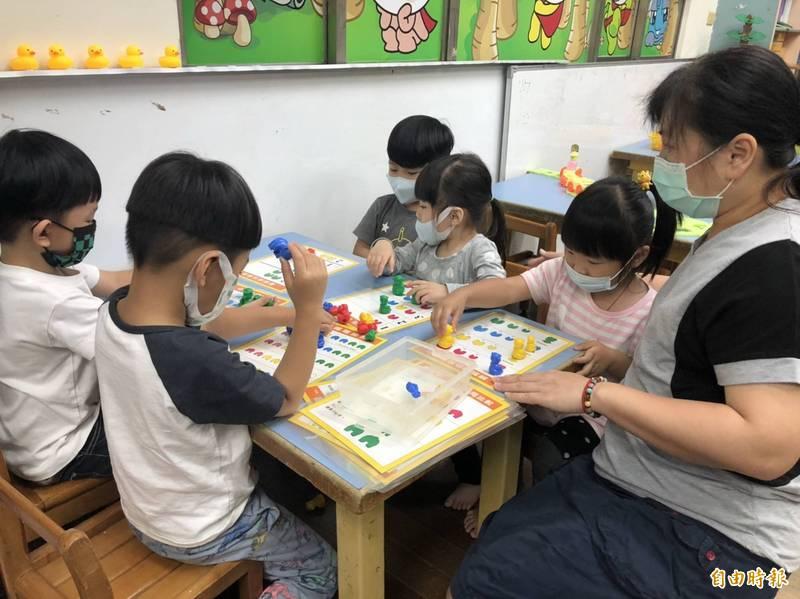 南市教育局將研議幼兒園2至5歲收費均採審議制。圖為優質幼兒園,與調整學費無關。(記者蔡文居攝)