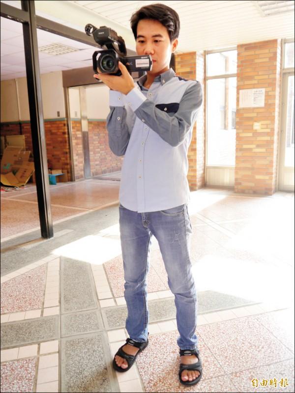 越南移工楊廷進,攝影技術有一定的水準。(記者張軒哲攝)