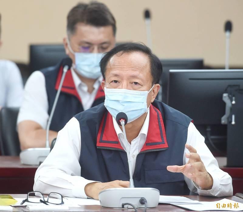 台北市警察局長陳嘉昌3日列席市議會警政衛生委員會審案,對日前黑衣人闖入中崙所事件再次做說明。(記者方賓照攝)