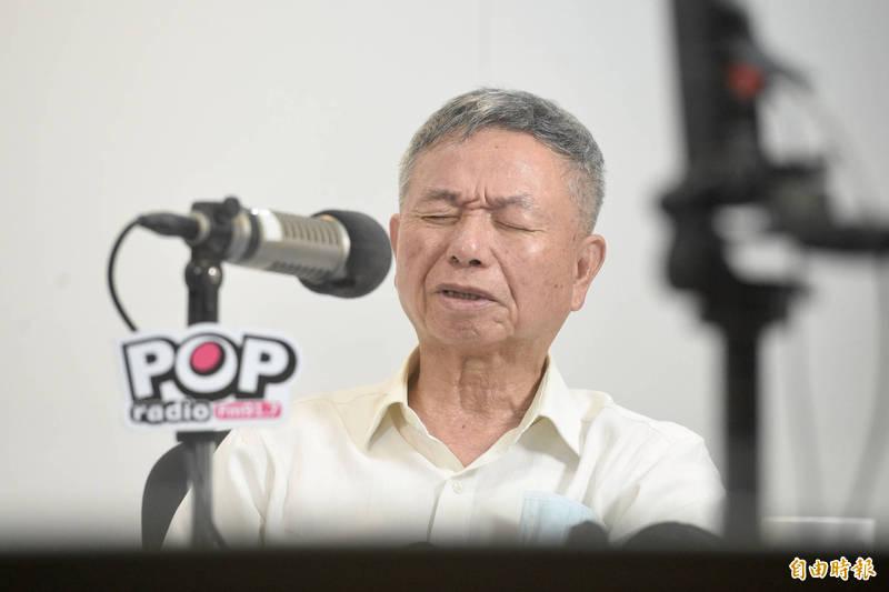前衛生署署長楊志良今(3)日接受廣播節目專訪談疫情。(記者叢昌瑾攝)