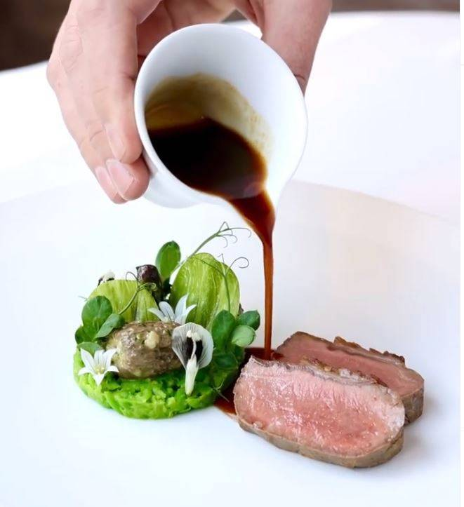 「地獄廚神」戈登拉姆齊(Gordon Ramsay)近日開發的新菜色遭網友批評。(翻攝自Gordon Ramsay Instagram)