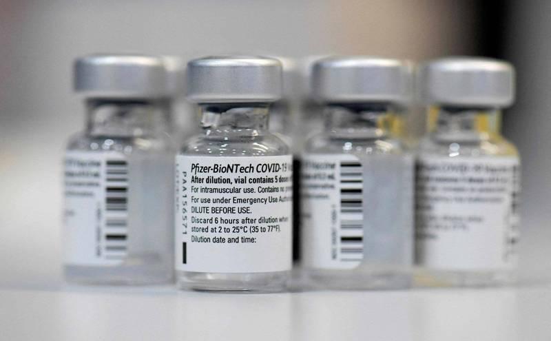 德國疫苗製造商BioNTech繼續提高產量,讓公司能在2021年生產近30億劑疫苗,BioNTech也研發能在攝氏2到8度冰箱儲存6個月的疫苗,正尋求批准。(法新社)