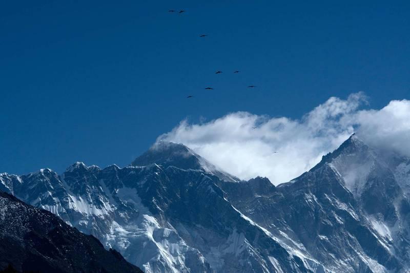 尼泊爾疫情已蔓延至珠穆朗瑪峰大本營,引發人們對嚴重爆發疫情的擔憂。(法新社)