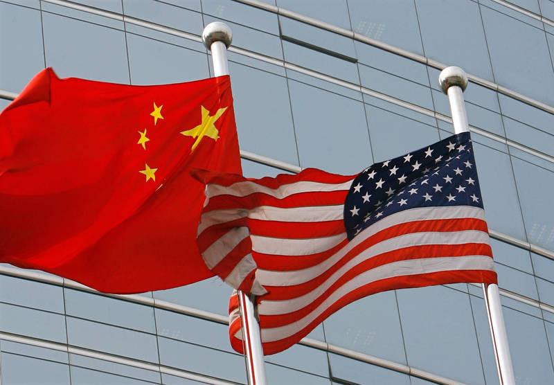 民主聯盟基金會今天公布新民調,被視為民主代表的美國,被認為會帶給全球民主威脅的比率比中國還高。(法新社)