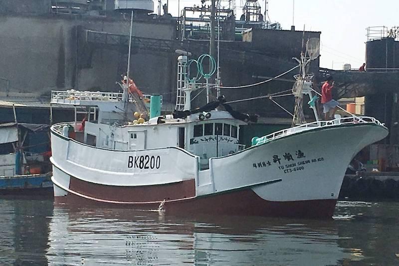 觸礁失蹤漁順昇168號找到了! 船體半沉 船員仍下落不明