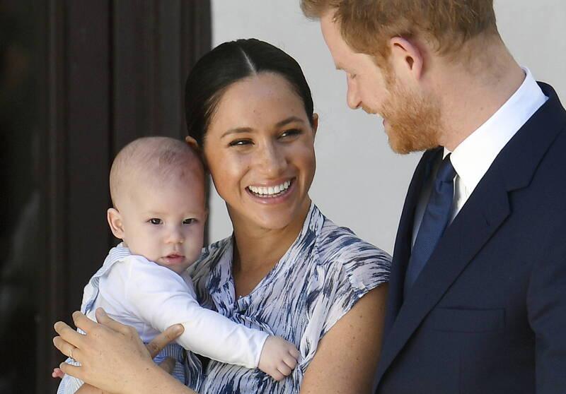 英國哈利王子和梅根的兒子亞契(Archie)今(6)日迎接2歲生日。(歐新社)
