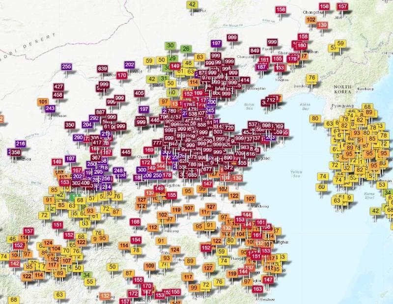 鄭明典上午在臉書PO文附圖,其中深紅色並顯示「999」的地區均代表數值破表。(擷取自鄭明典臉書)