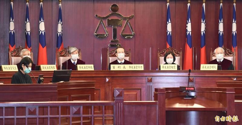 憲法法庭公布王光祿獵槍案釋憲結果。(記者廖振輝攝)