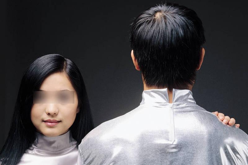 台中廖男為詐財,竟一人扮二角誆騙學弟以結婚為前提介紹女友。(情境照)