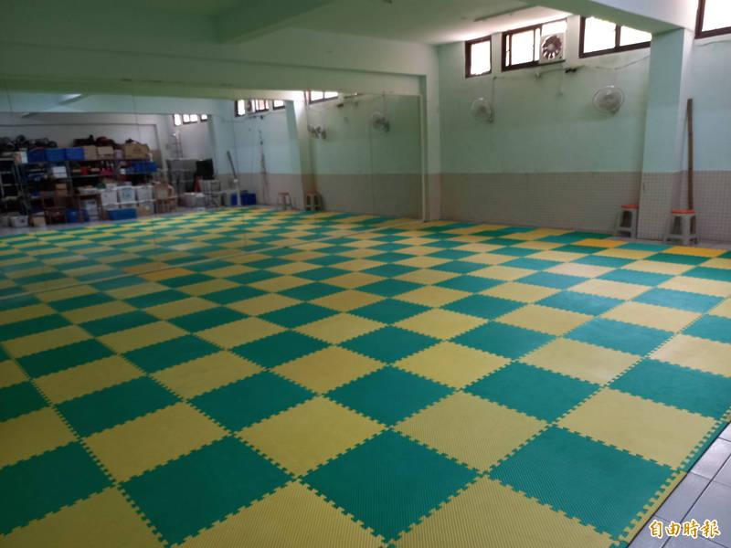 東光國中表演藝術專科教室完成整修後,擬命名「仁慈藝境」。(記者江志雄攝)