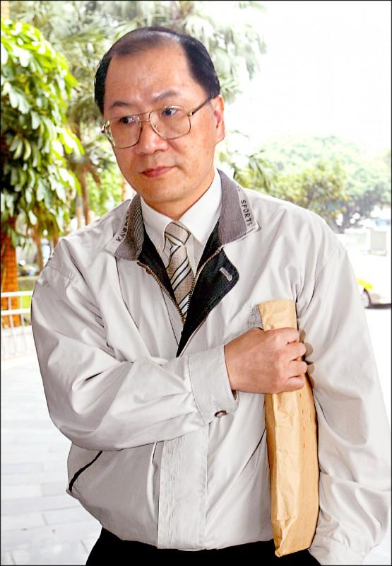 余文回鍋兵役局當助理員,日前升業務股長。(資料照)