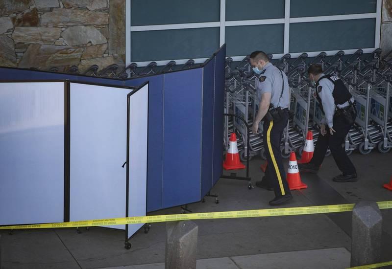 拿大溫哥華國際機場(Vancouver International Airport)當地時間9日下午爆發槍擊案,目前已知造成1人死亡,警方仍在追緝多名在逃嫌犯。(美聯社)