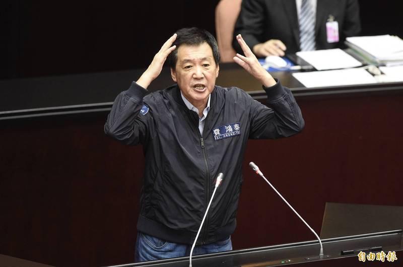 立院國民黨團總召費鴻泰(見圖)批評中央流行疫情指揮中心指揮官陳時中嘻皮笑臉「根本應該被槍斃」,此話一出引發譁然。(資料照)