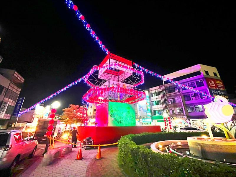 客庄12大節慶「頭份四月八」巨型斗燈亮相了。 (頭份市公所提供)